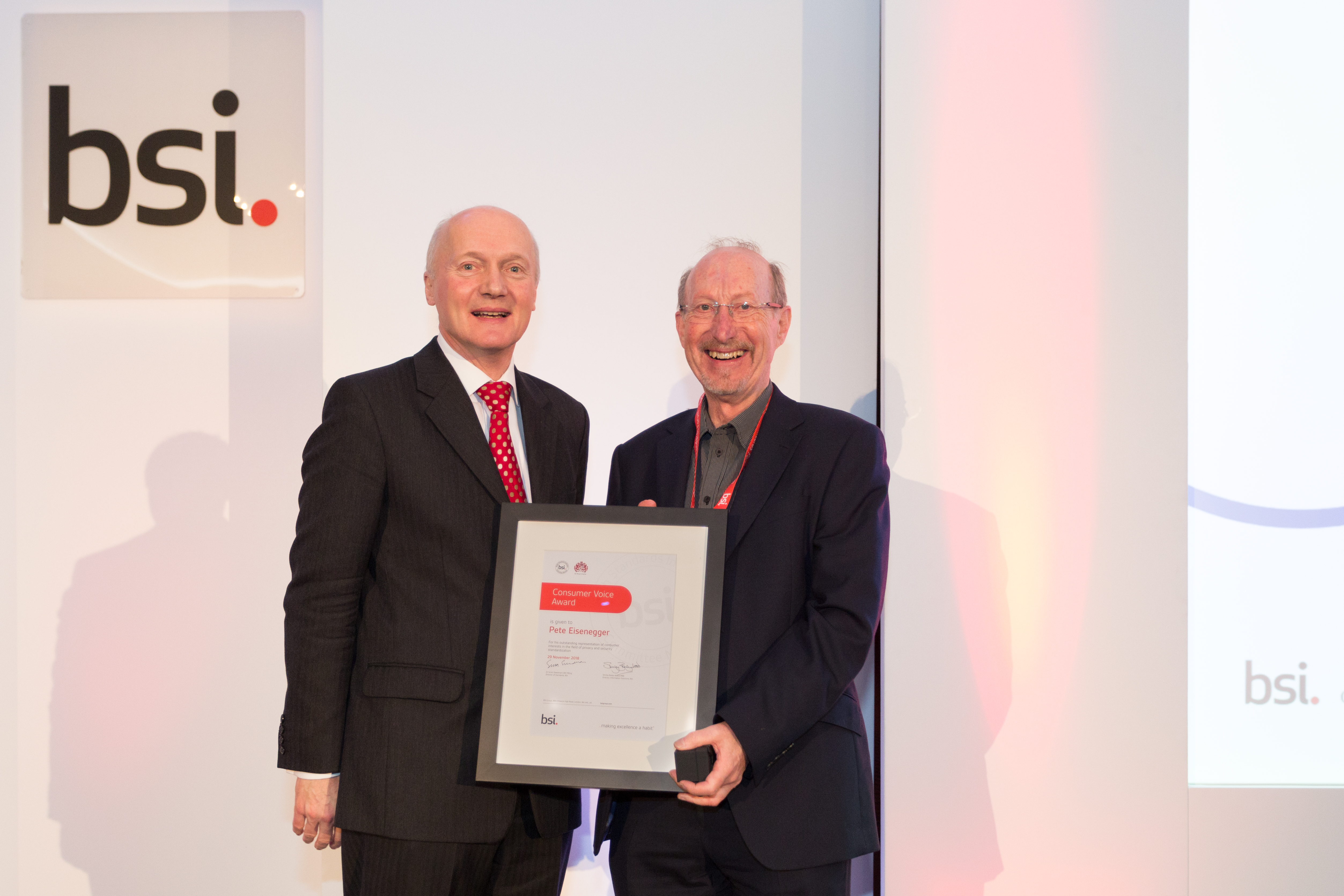 Peter Eisenegger receiving award